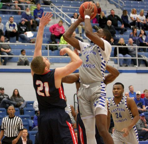 Senior Ray Crossland pulls up for a jumper in the Panthers' loss to Belmont Jan. 13 in Lantz Arena. Crossland stepped up in a variety of roles for Eastern this year, playing as one of its top defenders and having big scoring games as well.
