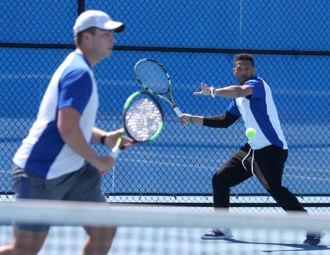 Men's tennis team picks up win on SeniorDay