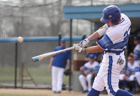 Baseball team hosts Morehead State