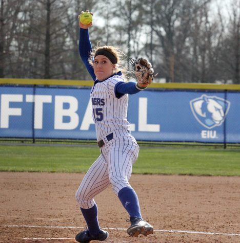 Panthers split doubleheader with Tennessee-Martin