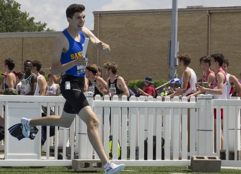 Winners reflect on competition during IHSA Boys Track and Field finals