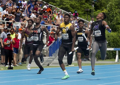 GALLERY: Relay races at IHSA Boy's Track & Field State Finals