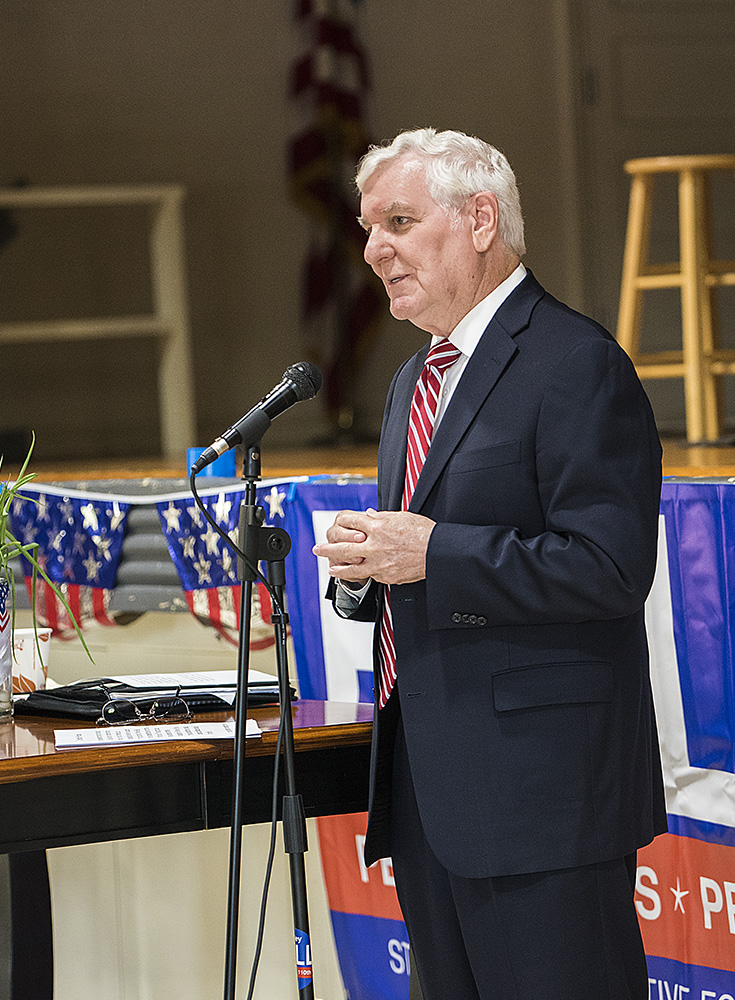 Glenn Poshard, former Illinois State Senator and U.S. Congressman, gives a speech to endorse Shirley Bell's campaign Tuesday afternoon at Burgess-Osborne Auditorium.