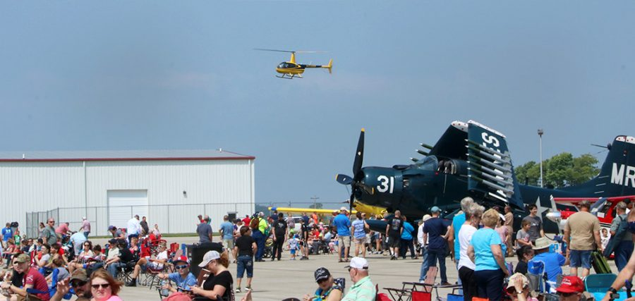 A+helicopter+lands+near+the+crowd+at+the+Coles+County+Airport+Air+Show+%E2%80%9918+Saturday+afternoon.