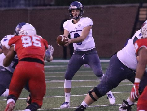 Woodbery back in mix for Panthers atquarterback