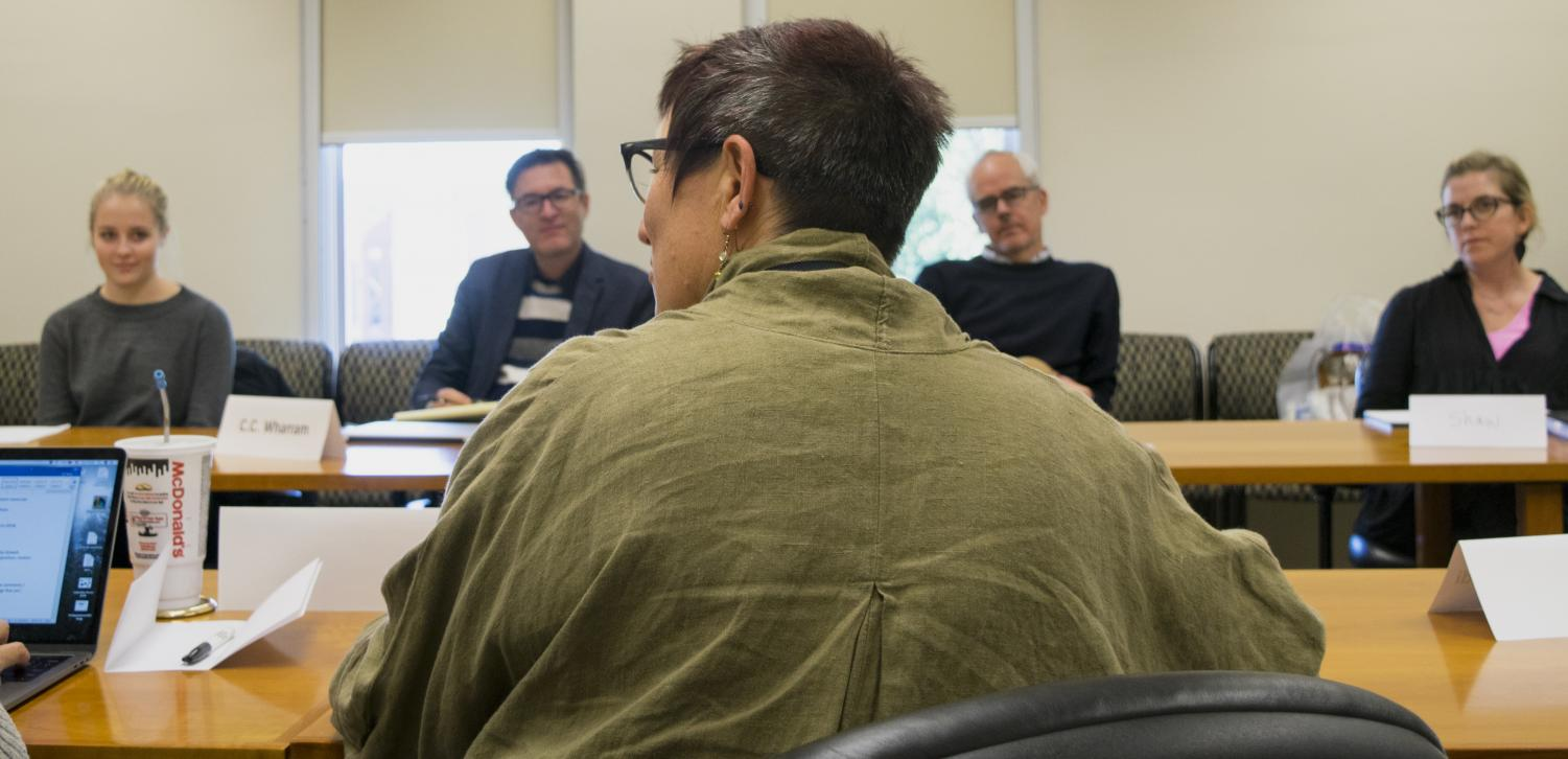 A clarification of the contract for Eastern's chapter of the University Professionals of Illinois was announced by EIU-UPI President Jeannie Ludlow Tuesday during a Faculty Senate meeting. The senate meets every other Tuesday at 2 p.m. in Room 4440 of Booth Library.