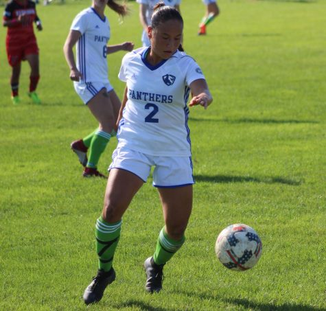 Women's soccer team nets four goals, beats Fort Wayne in break from OVC play