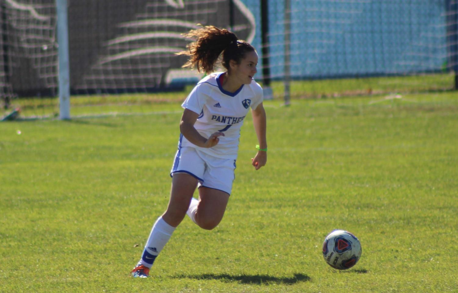 Eastern sophomore Itxaso Aguero controls the ball against Southeast Missouri on Oct. 28. The Panthers won to advance to the semifinals of the OVC Tournament, which they lost 1-0 on Nov. 2 against Murray State.