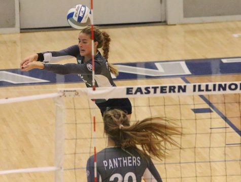 Eastern volleyball team closes season, falls short ofplayoffs