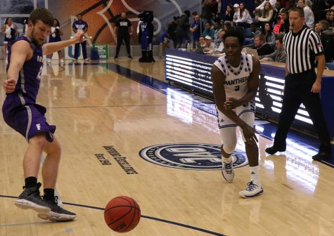 Men's basketball team bounces back with 67-60 win over Tennessee Tech