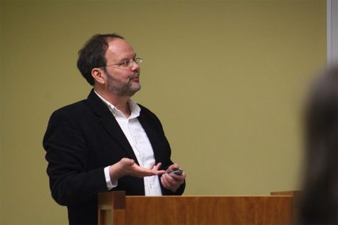 Presentation discusses white male privilege, Kavanaugh