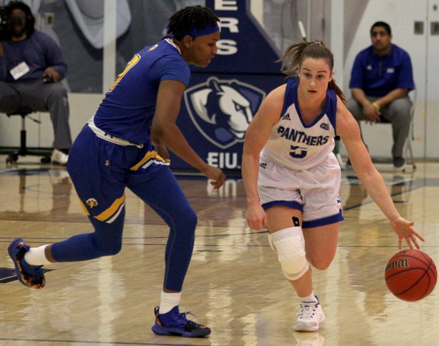 Eastern+guard+Grace+Lennox+drives+up+the+court+in+the+Panthers%E2%80%99+67-57+loss+to+Morehead+State+on+Feb.+2.+Eastern+is+4-8+in+the+OVC%2C+one+game+out+of+a+conference+tournament+spot.