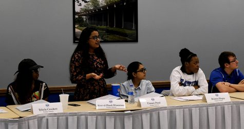 Senator Noor-ul-Haash Khamisani, addresses the senate during the Student Senate meeting Wednesday night in the Martin Luther King Jr. University Union.