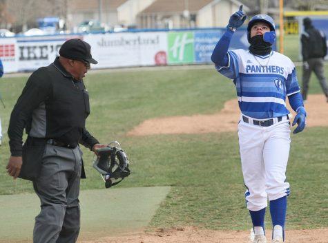 Eastern baseball loses in extra innings in OVC homeopener