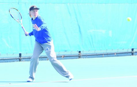 Eastern women's tennis team tops Cougars 4-3 onroad