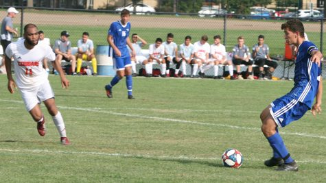 Men's soccer splits weekend matches against Bradley, Northwestern