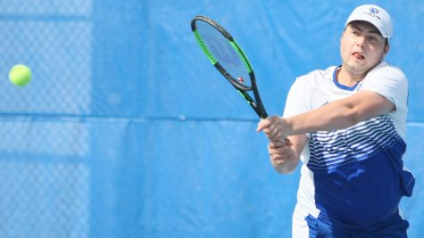 Men's tennis has solid outings to start fall season