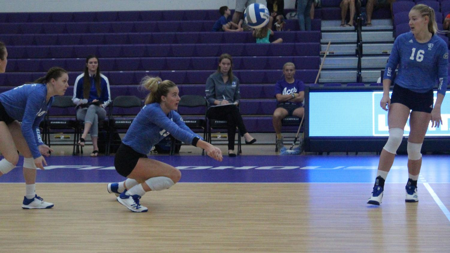 Adam Tumino | The Daily Eastern News  Eastern junior Laurel Bailey receives a serve in the Panthers' 3-1 loss to Fort Wayne on Sept. 14. Bailey had 12 digs and five kills in the match.