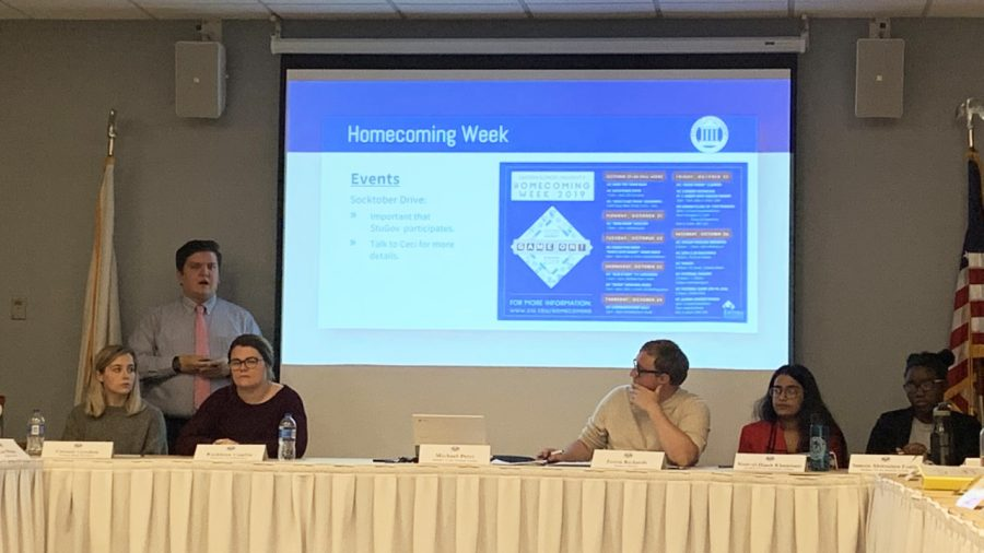 Student+Senate+explains+details+for+homecoming+week+events+for+the+next+following+week.