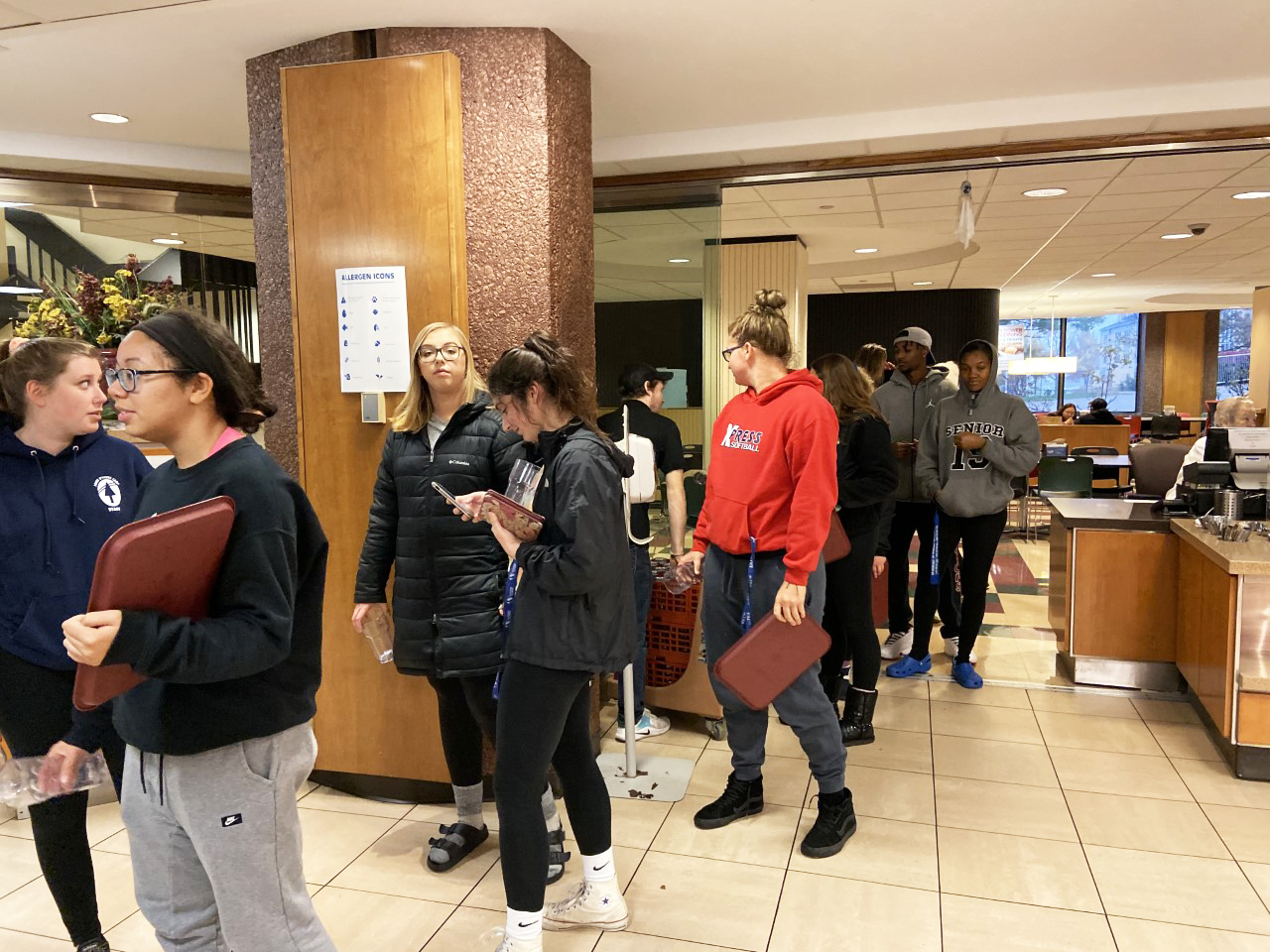 Students lined up for Appetizer Night at Stevenson Grill on Wednesday night. Students were able to fill up their platter with up to four appetizers such as boneless wings, jalapeno poppers and mozzarella cheese sticks.