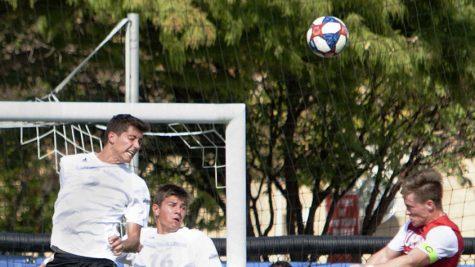 Men's soccer scores late in match, defeats IUPUI 1-0 Tuesday