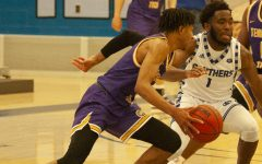 Charles heating up at right time for men's basketballteam