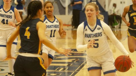 Eastern loses final game of season to SIUE