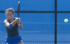 Women's tennis loses4th-straight