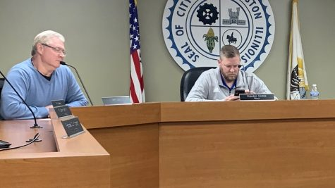 Councilman Jeff Lahr and Mayor Bradon Combs wait for the Tuesday meeting to begin. All agenda items were approved during the meeting.