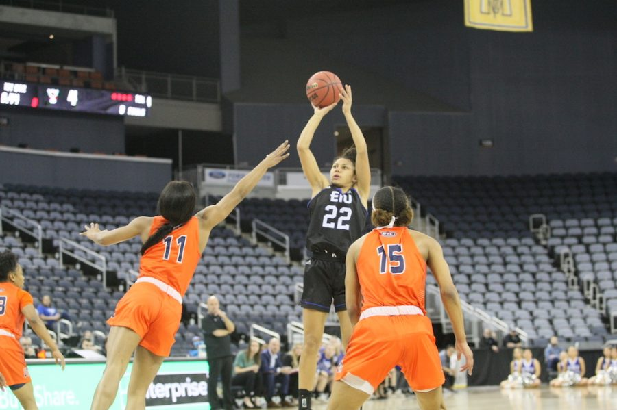 Dillan Schorfheide | The Daily Eastern News Lariah Washington rises above her defender to get off a shot attempt. Eastern lost 63-52 to Tennessee-Martin in the semifinals of the OVC Tournament Friday.