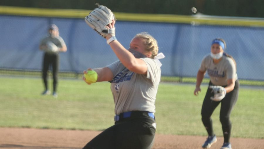 Eastern+redshirt+senior+pitcher+Jade+Montgomery+winds+up+to+throw+a+pitch+during+a+scrimmage+in+practice+on+Oct.+8+at+Coaches+Field.+