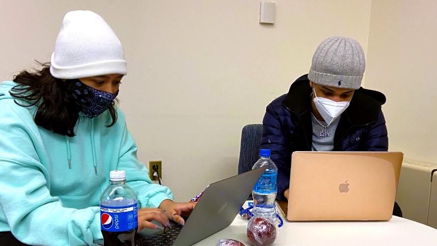 FEATURE PHOTO: Studysession
