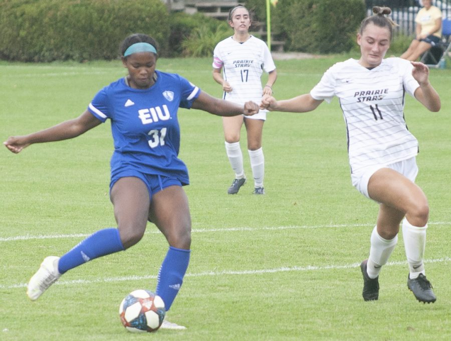 Adam Tumino | The Daily Eastern News Eastern junior forward Zenaya Barnes gets off a shot against Illinois Springfield in a match Aug. 22 at Lakeside Field. Barnes recorded 3 shots and an assists in the match, which Eastern won 3-0.
