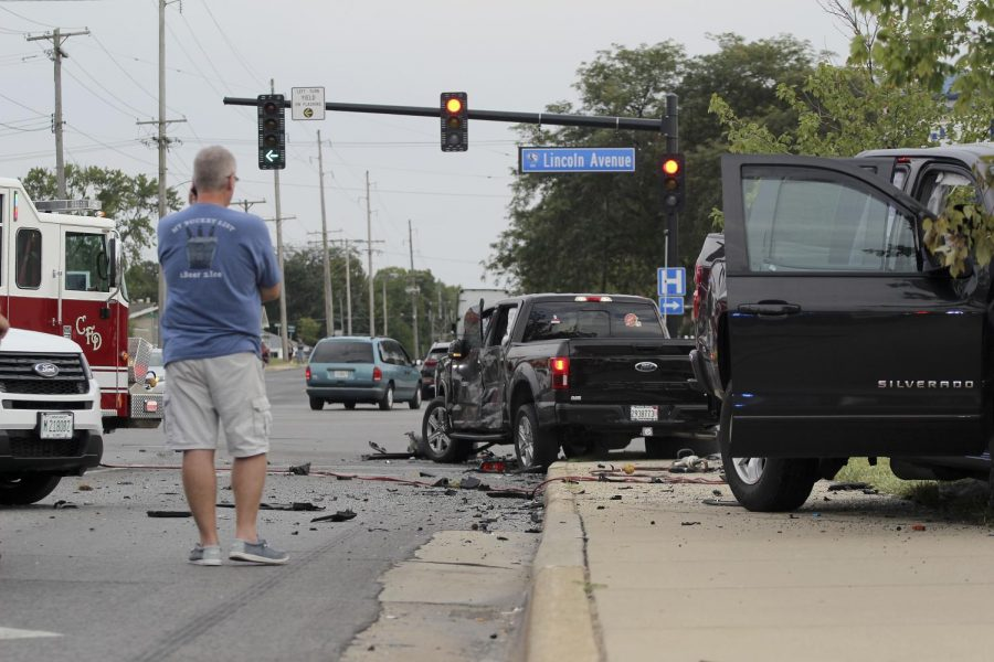 PHOTO GALLERY: Car crash at Lincoln Avenue and University Drive