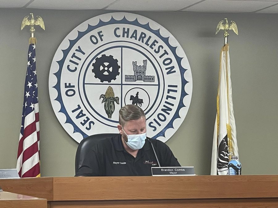 Charleston Mayor, Brandon Combs, reads a resolution at the City Council meeting Oct. 5, 2021.
